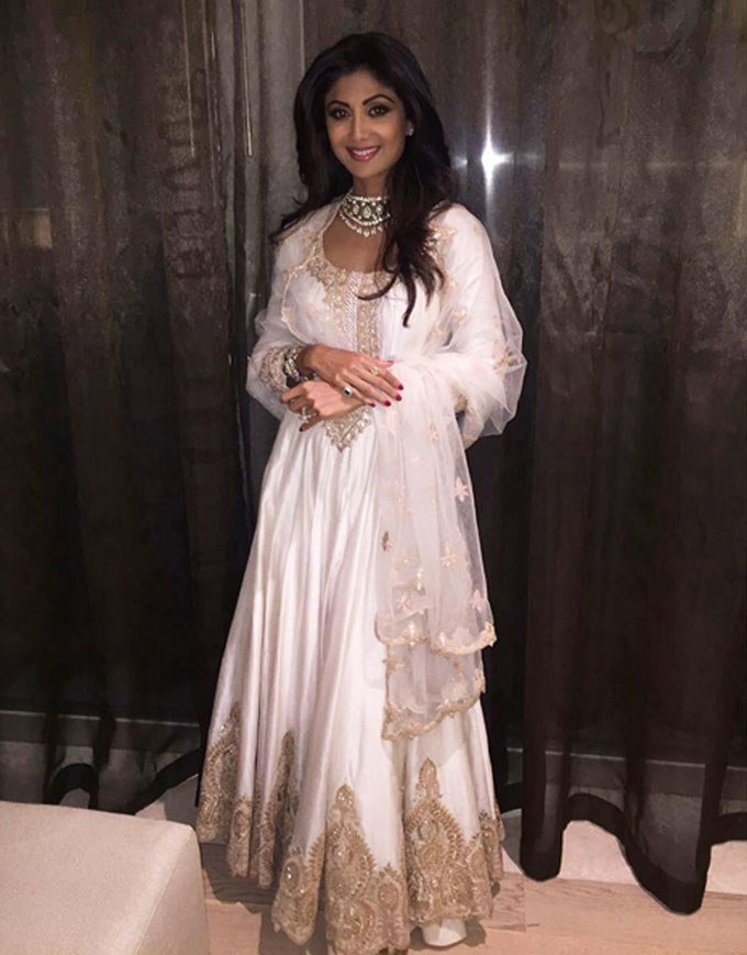 Best Shilpa Shetty Kundra Gives Abu Dhabi A Dose Of Desi In With Pictures