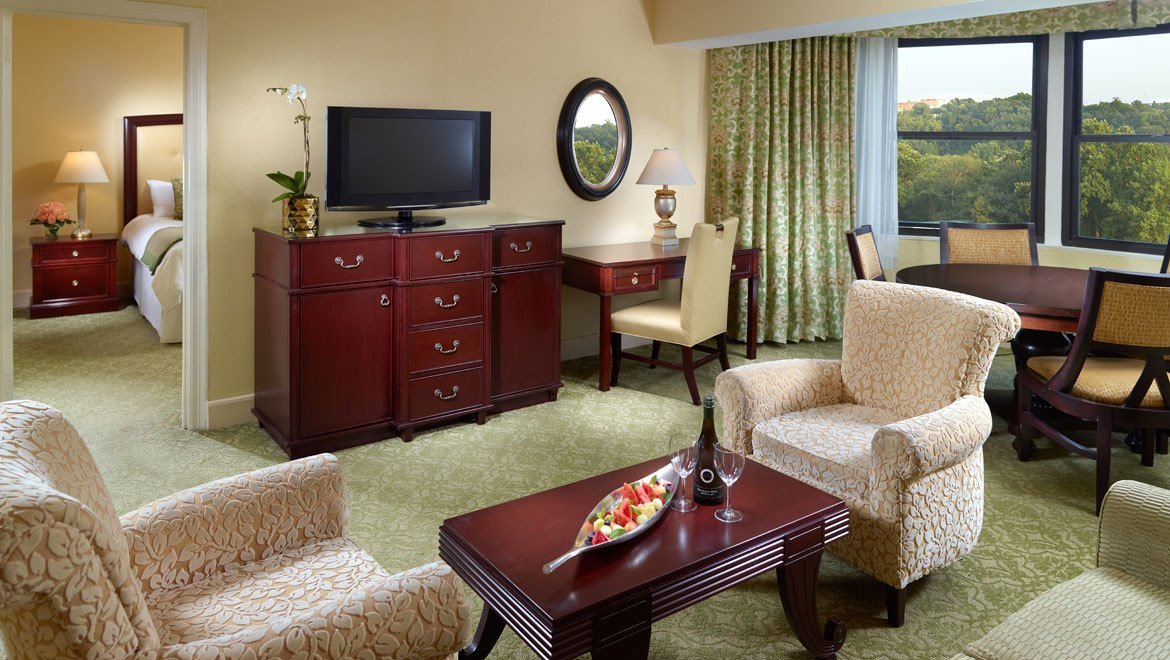 Best Suites In Washington Dc Guest Rooms Omni Shoreham Hotel With Pictures