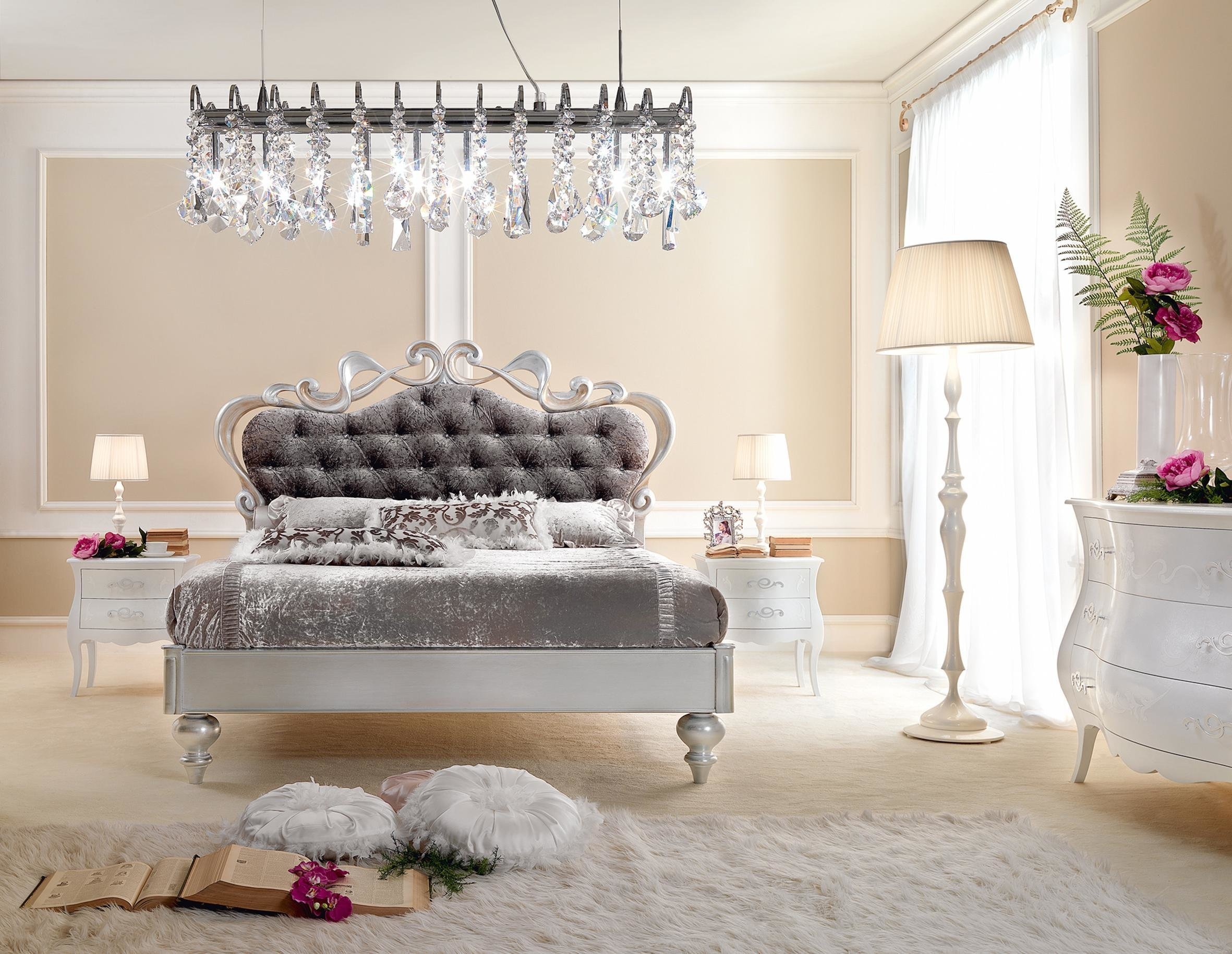 Best 18 Crystal Chandelier Designs To Spice Up The Look Of Your With Pictures