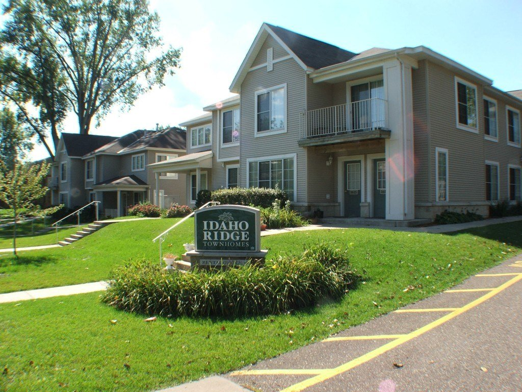 Best Idaho Ridge Townhomes 2 3 Bedroom Townhomes In St Paul Mn With Pictures