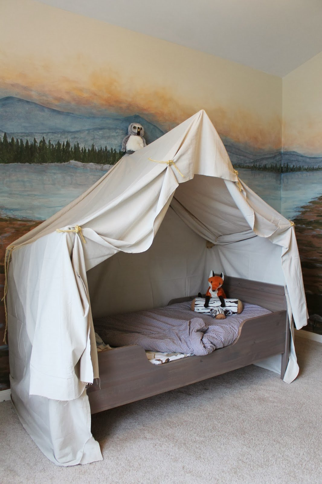 Best Remodelaholic Camping Tent Bed In A Kid S Woodland Bedroom With Pictures
