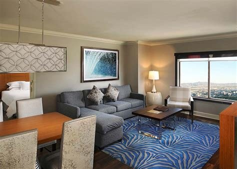 Best Hilton Grand Vacations Club Hotel On The Las Vegas Str*P With Pictures