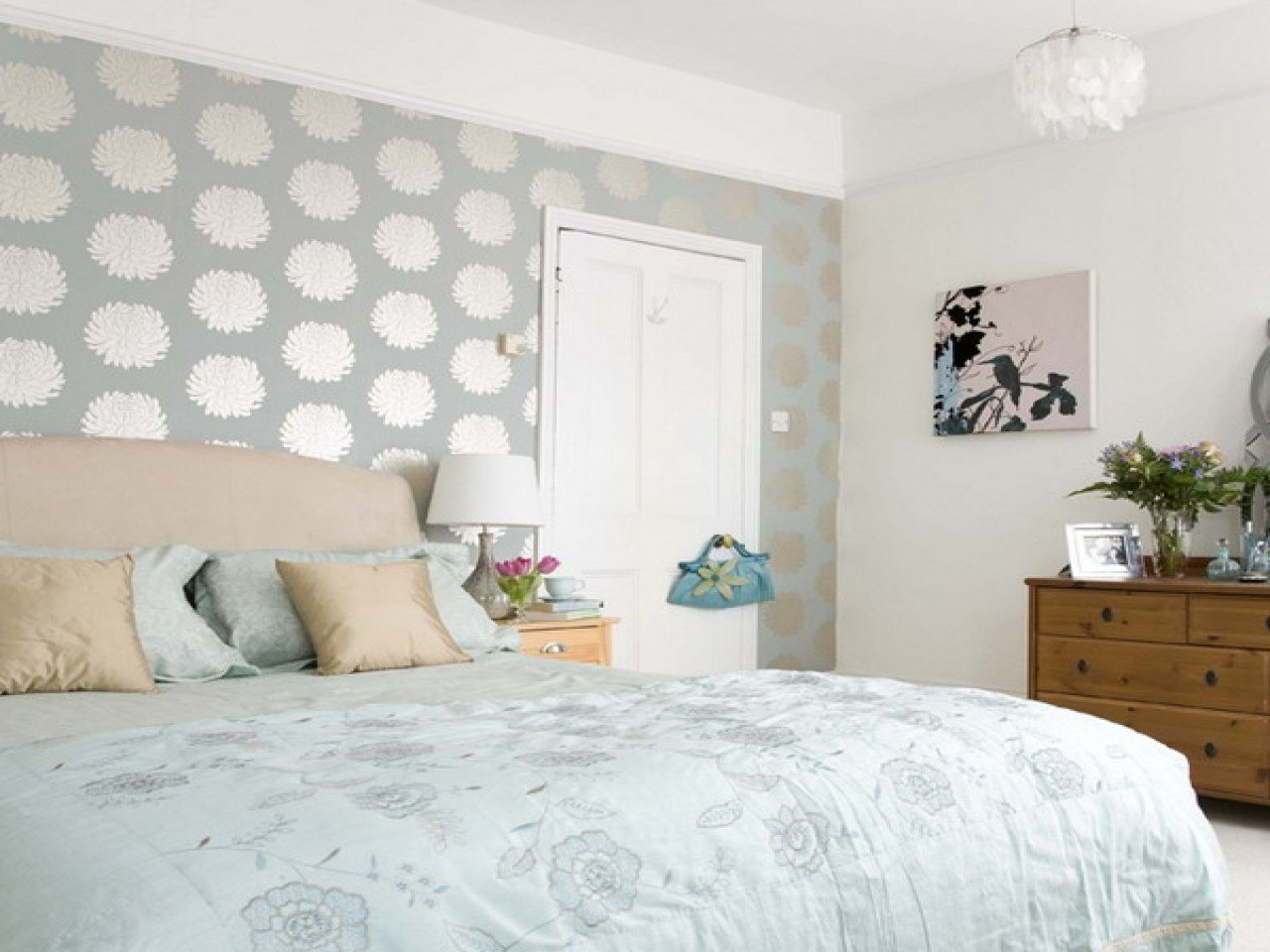 Best Bedroom With Wallpaper Do It Yourself Bedroom Decorating With Pictures
