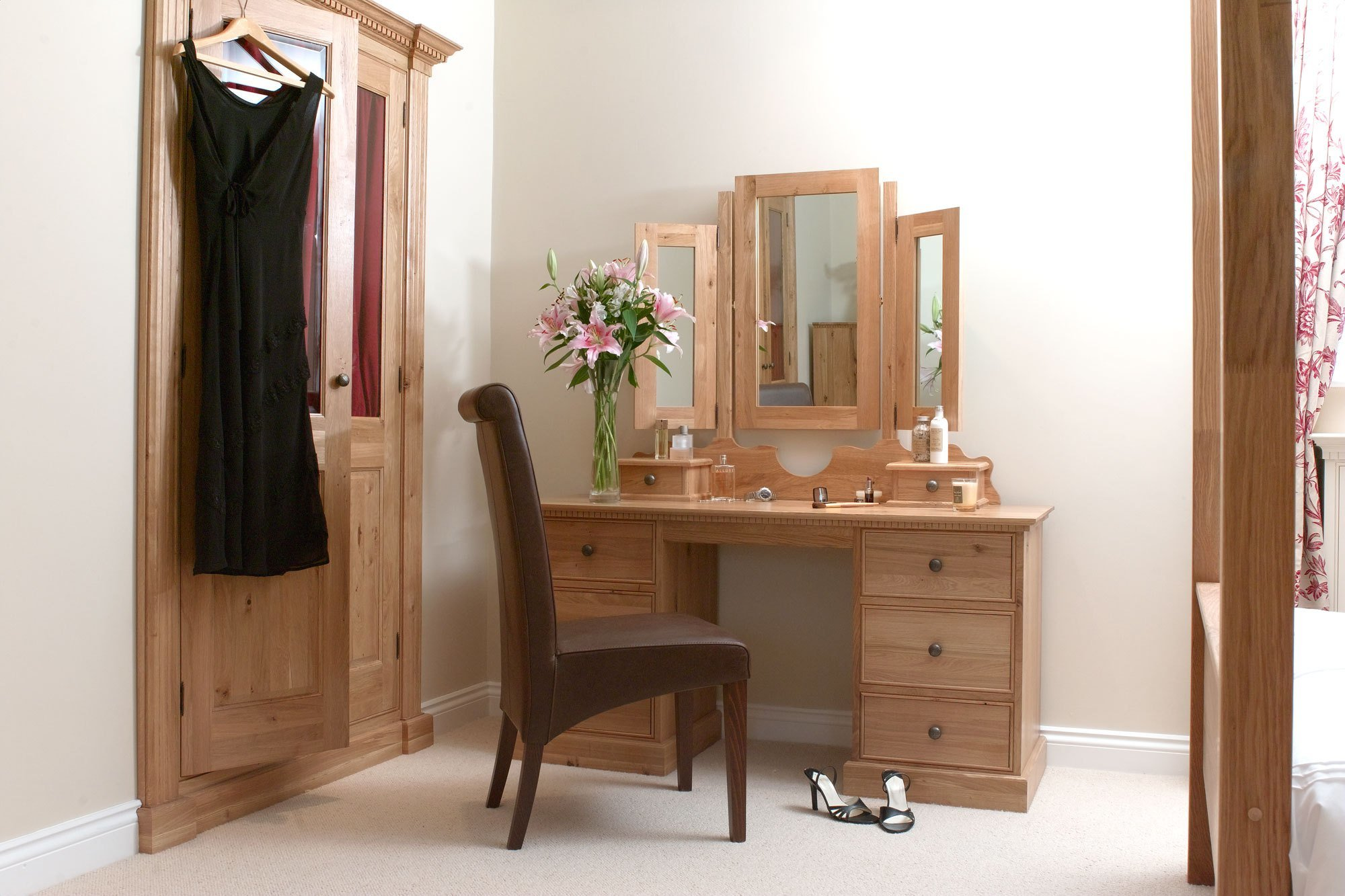 Best Dressing Tables Bedroom Furniture With Pictures
