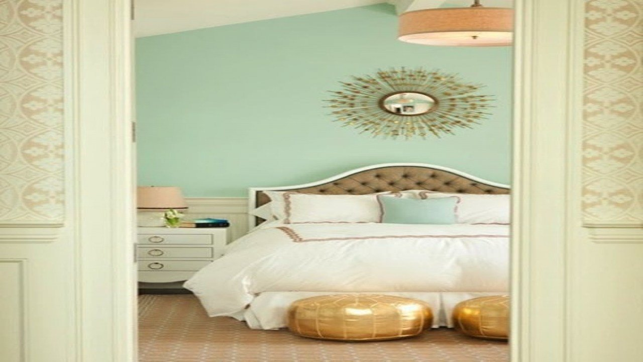 Best Mint Green Decorating Ideas Mint Green And Gold Bedroom With Pictures
