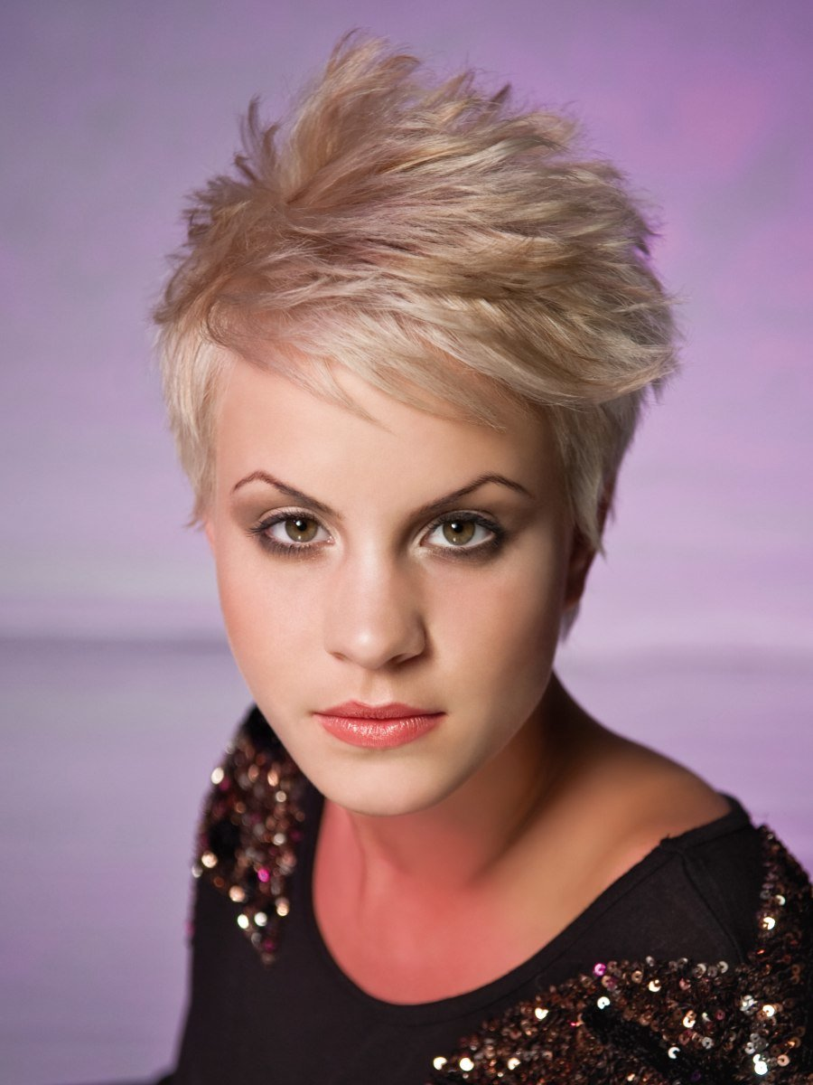 Free Easy To Care For And Easy To Style Short Haircut Wallpaper