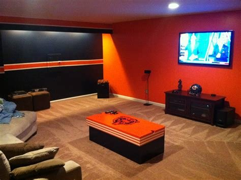 Best Images About Garage Cave Pinterest Man Caves Chicago Bears With Pictures