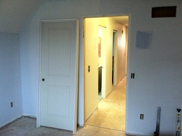 Best How To Replace A Prehung Interior Door Buildipedia With Pictures