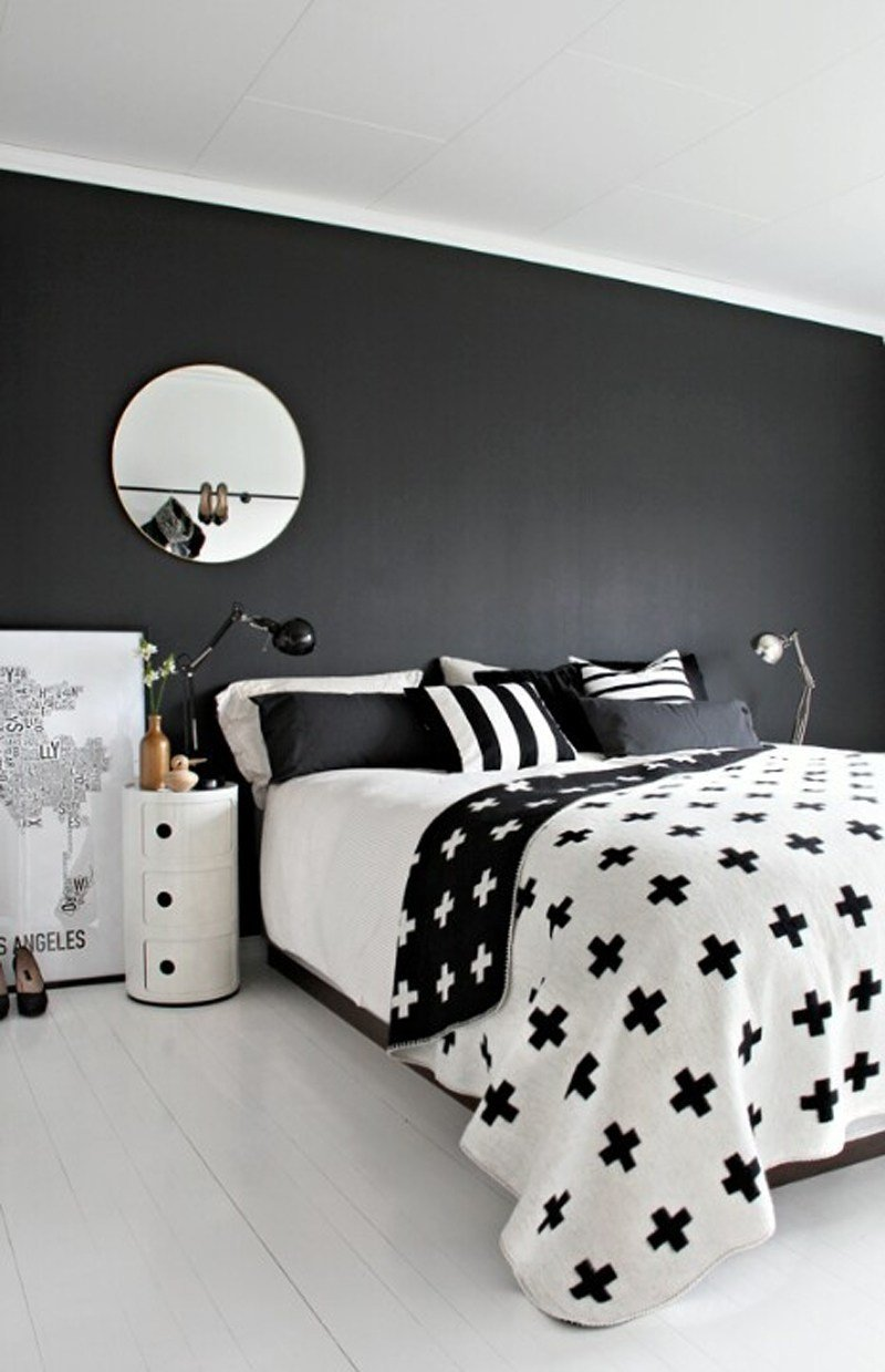 Best 35 Timeless Black And White Bedrooms That Know How To Stand Out With Pictures