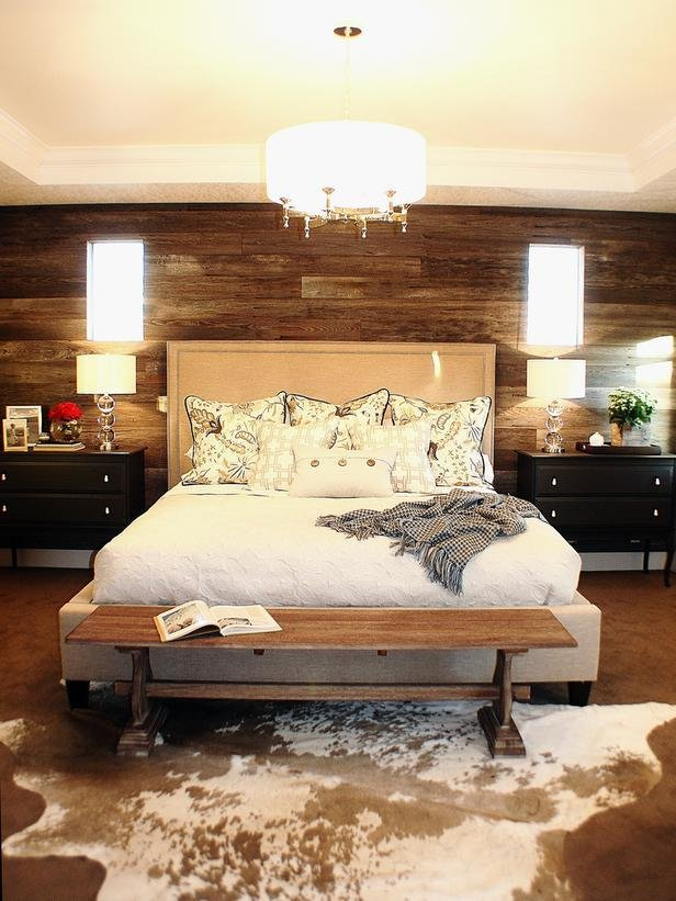 Best Rustic Bedroom With Cowhide Rug Home Decorating Trends With Pictures
