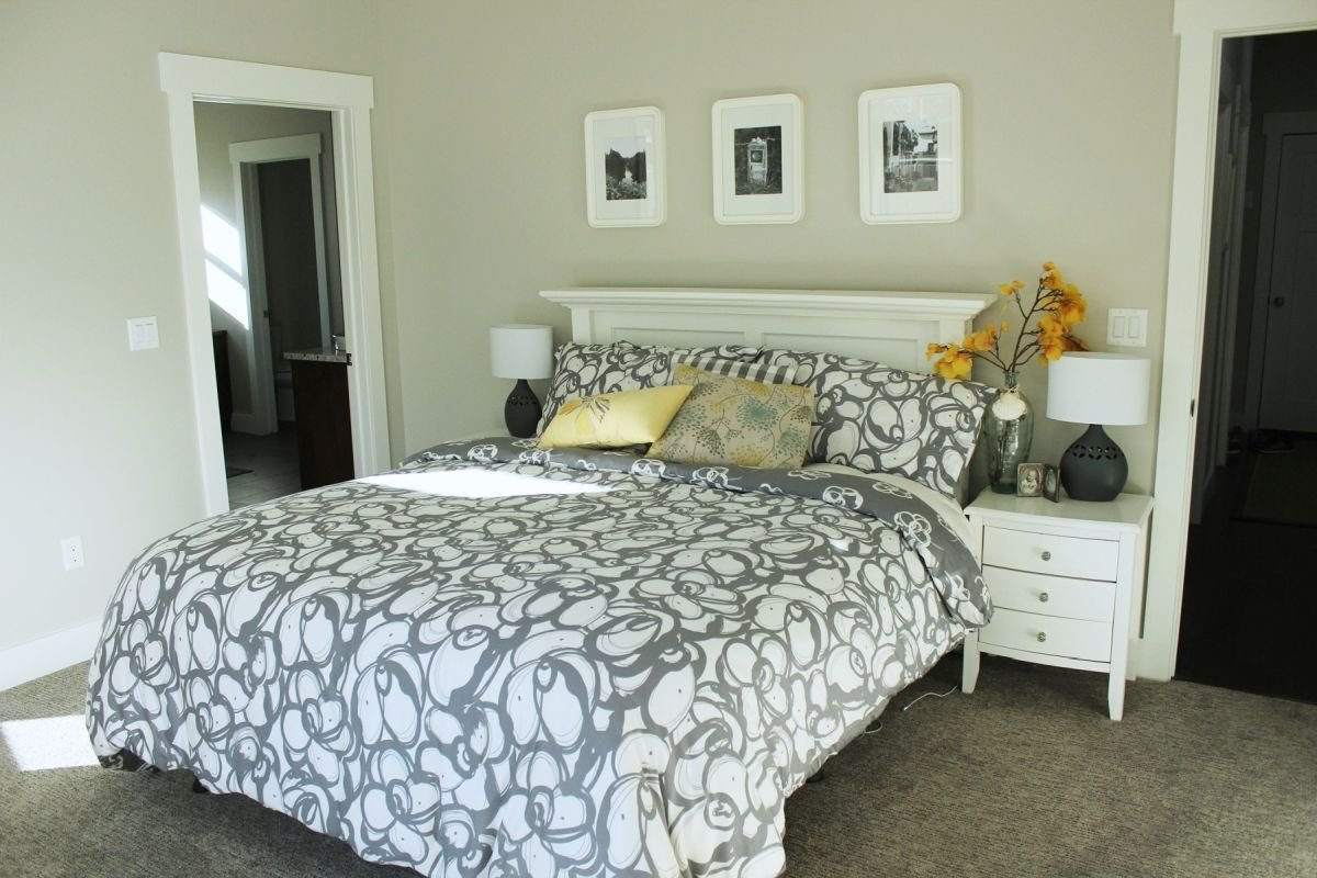Best How To Decorate A Bedroom Simply And With Style With Pictures