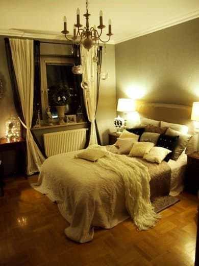 Best 10 Steps To Creating A More Romantic Bedroom Diy Cozy Home With Pictures