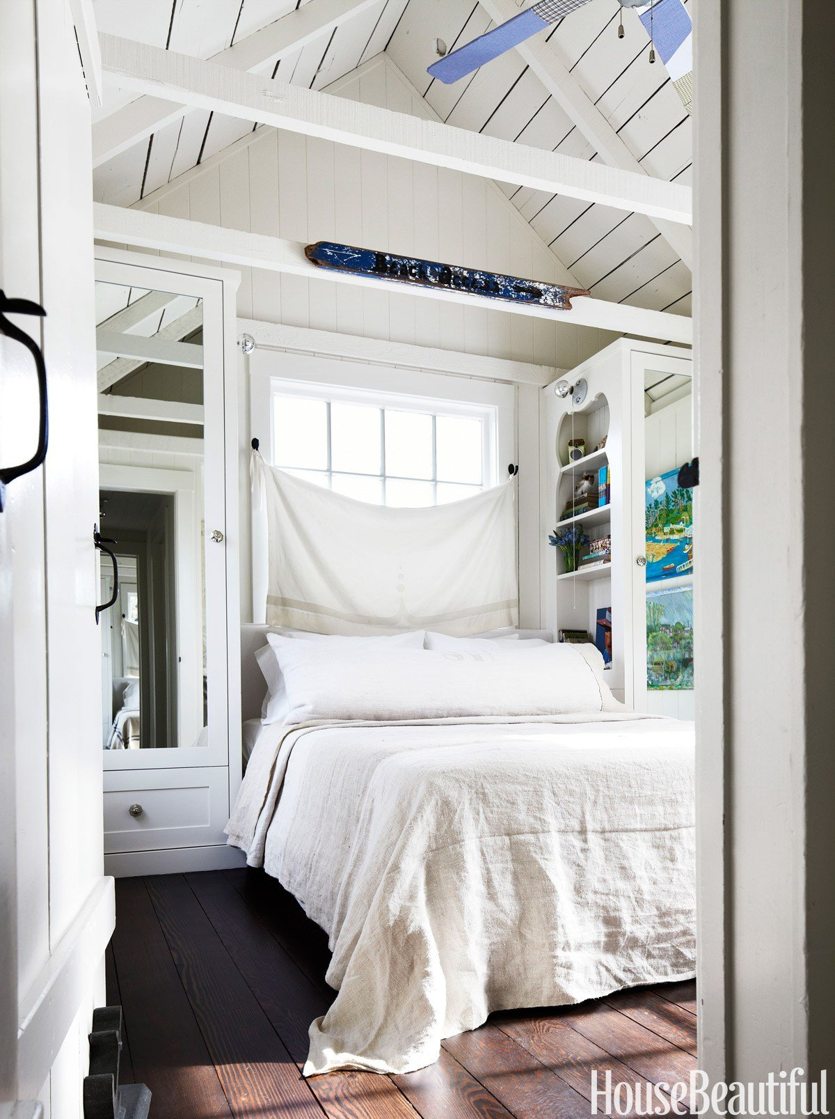 Best 10 Small Bedroom Decorating Ideas Design Tips For Tiny Bedrooms With Pictures