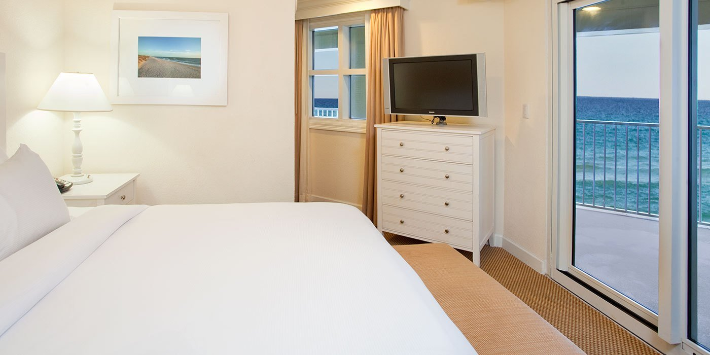 Best Two Bedroom Corner Hotel Suite Hilton Pensacola Beach Fl With Pictures