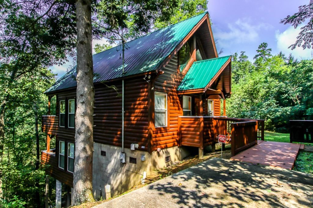 Best Pigeon Forge Vacation Rental Vrbo 579752 2 Br East Cabin In Tn This Cabin Has It All Size With Pictures