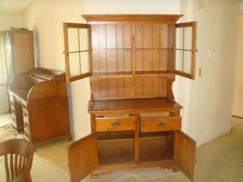 Best 40 Off Hutch Buffet Set Walnut Keller Furniture For Sale In Davenport Florida With Pictures