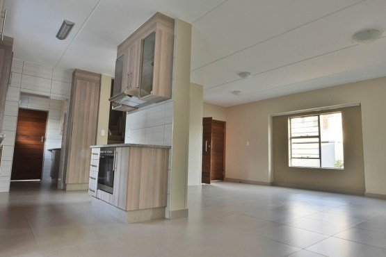 Best Jenny S Place 3 Bedroom Duplex Pretoria East Townhouses To Rent 65520188 Junk Mail With Pictures