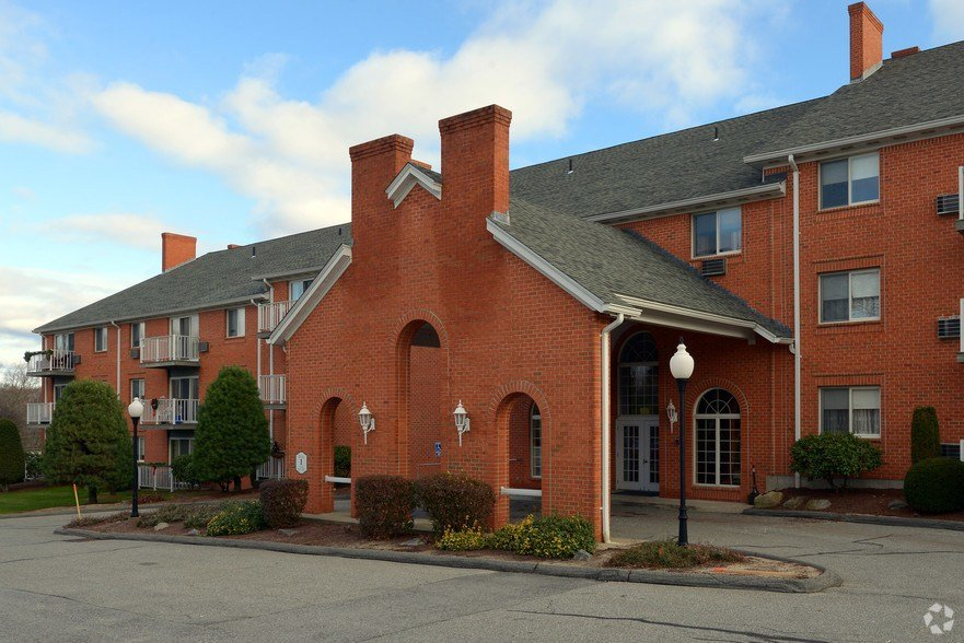 Best Douglas Apartments Rentals North Providence Ri With Pictures