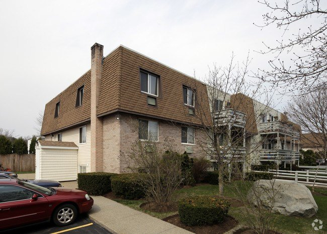 Best Deer Park Apartments Rentals Taunton Ma Apartments Com With Pictures