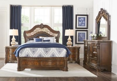 Best Handly Manor Pecan 5 Pc King Panel Bedroom Bedroom Sets With Pictures