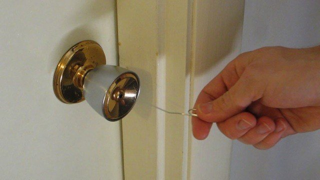 Best Open Simple Household Locks With A Paper Clip With Pictures