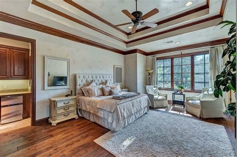 Best Selena Gomez Lists Texas Mansion For 3 Million Observer With Pictures