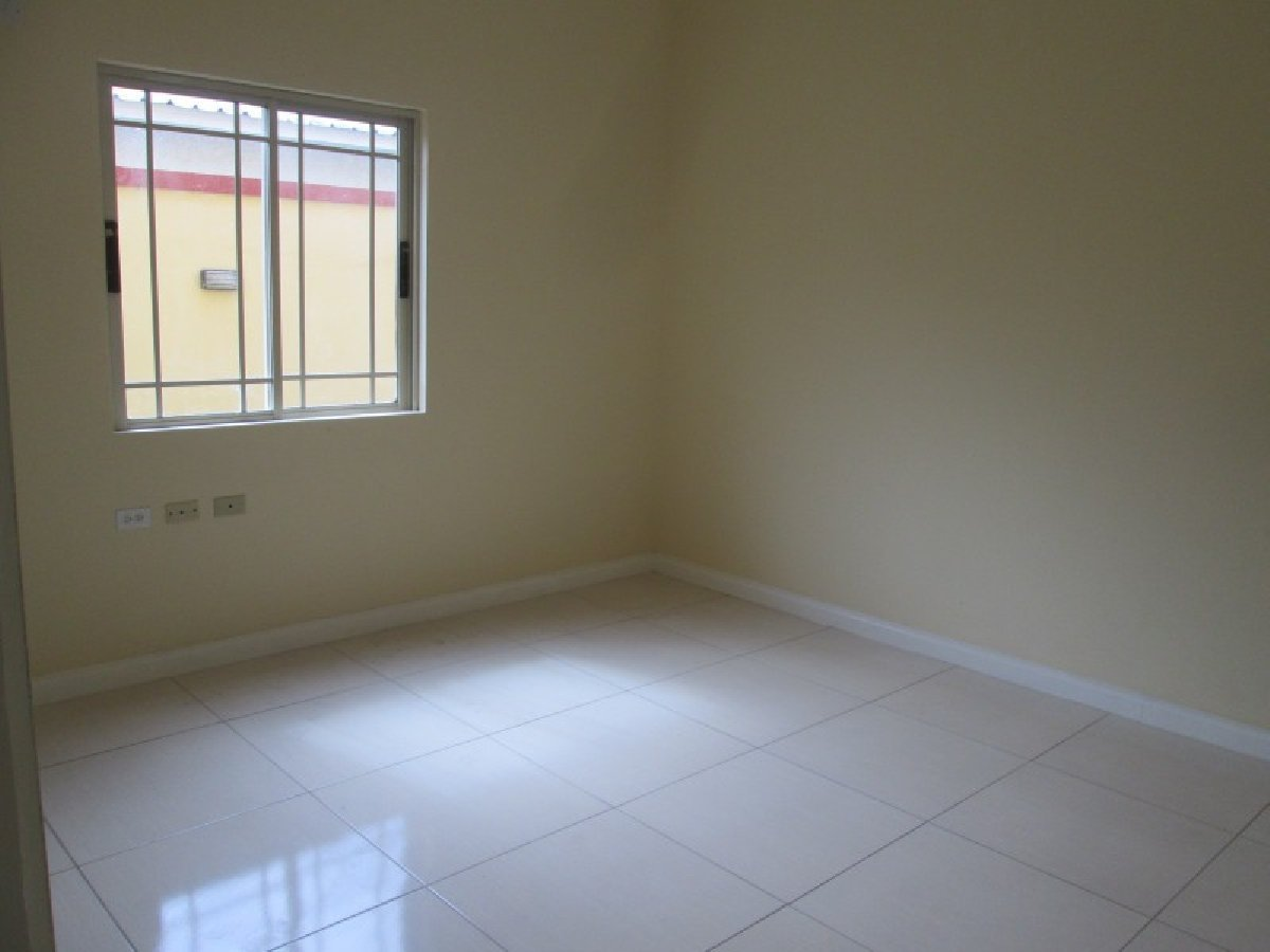 Best 2 Bedroom 2 Bathroom Apartment For Sale In Molynes Gardens Kingston St Andrew Jamaica For With Pictures
