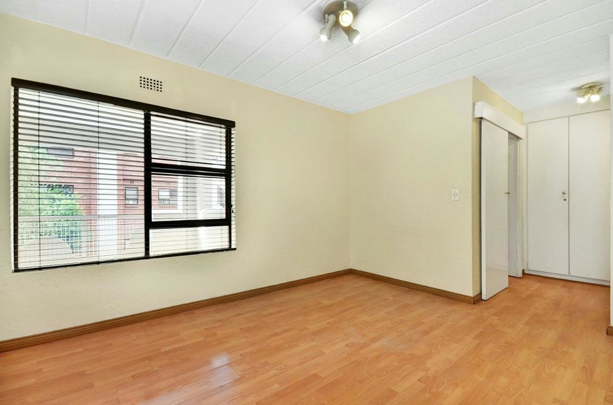 Best 2 Bedroom Townhouse For Sale Morningside Sandton With Pictures