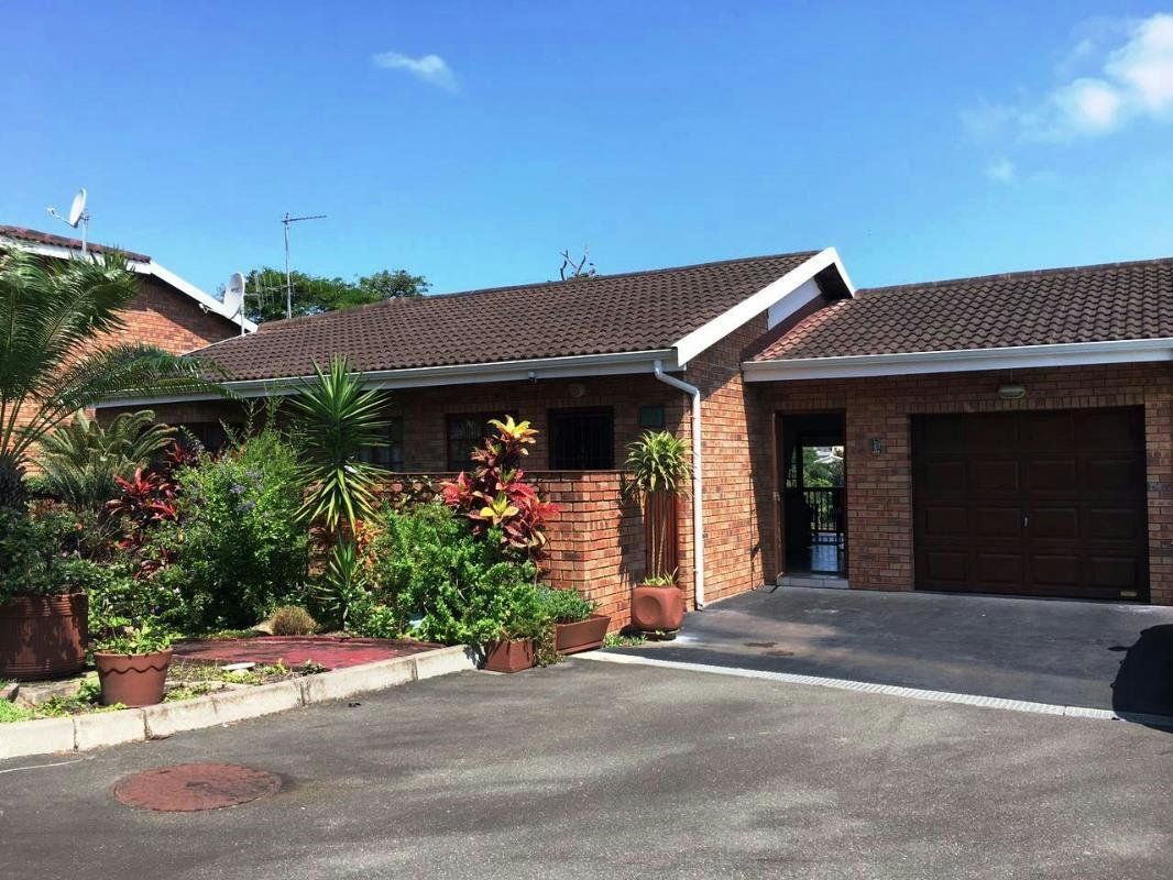 Best 2 Bedroom Townhouse For Sale Margate 1Px1311898 Pam With Pictures