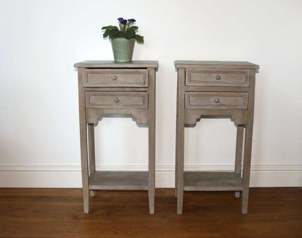 Best Building A Small Bedside Table Small Side Table With Pictures