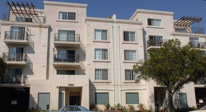 Best Affordable Santa Monica Apartments For Rent Studio One Two Three Bedroom Apartments At 1425 With Pictures
