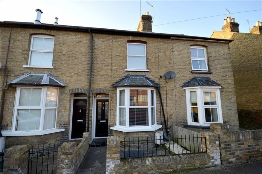Best 2 Bedroom Terraced House For Sale In Garland Road Ware With Pictures