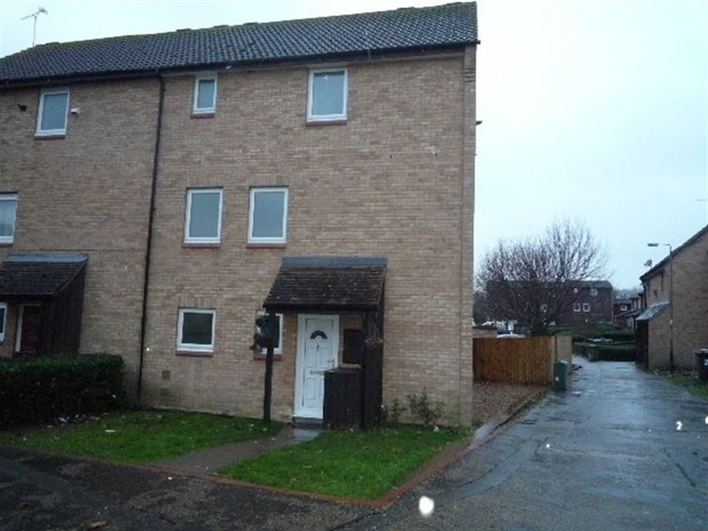 Best 4 Bedroom House To Rent In Brudenell Orton Goldhay With Pictures