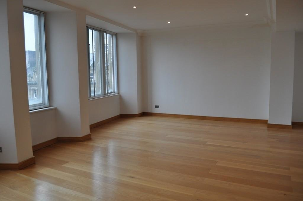 Best 2 Bedroom Apartment To Rent In Murton House Grainger With Pictures