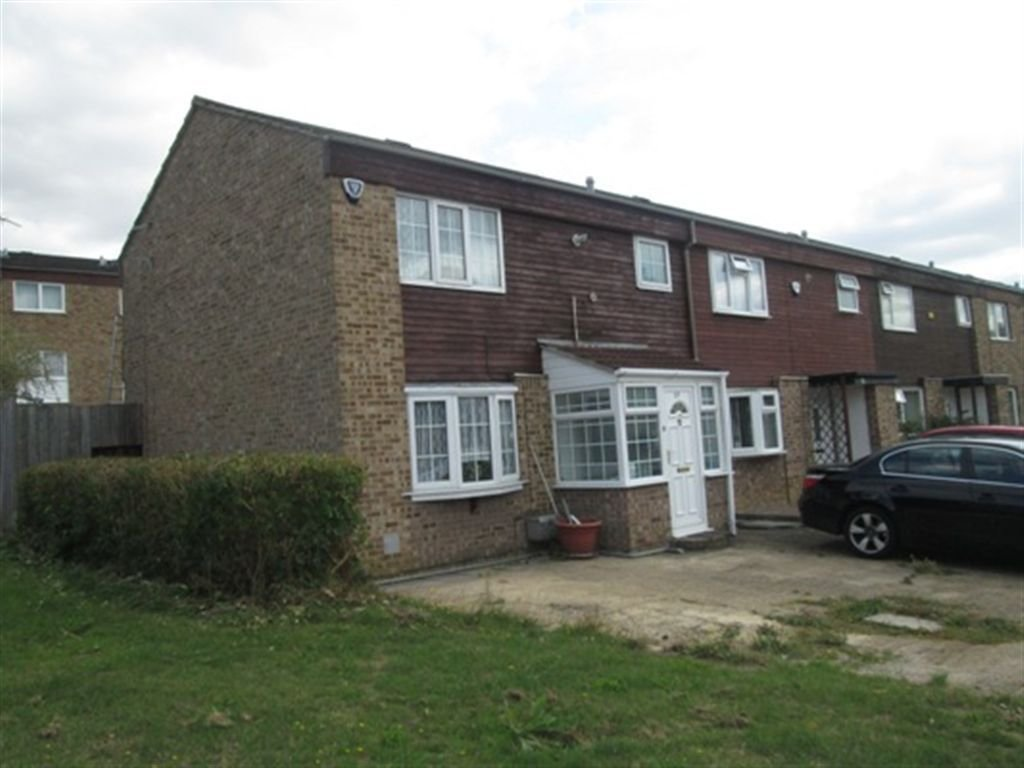 Best 3 Bedroom Terraced House To Rent In Poppyfield Court With Pictures
