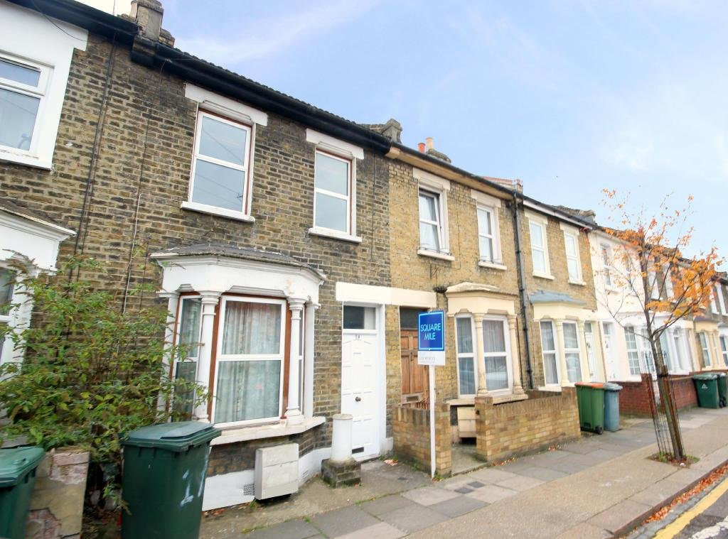 Best 2 Bedroom House To Rent In Vernon Road Stratford London E15 With Pictures