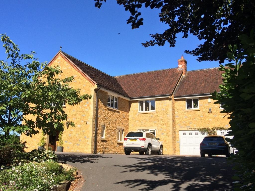 Best 6 Bedroom House For Sale In Bradford Road Sherborne Dt9 With Pictures