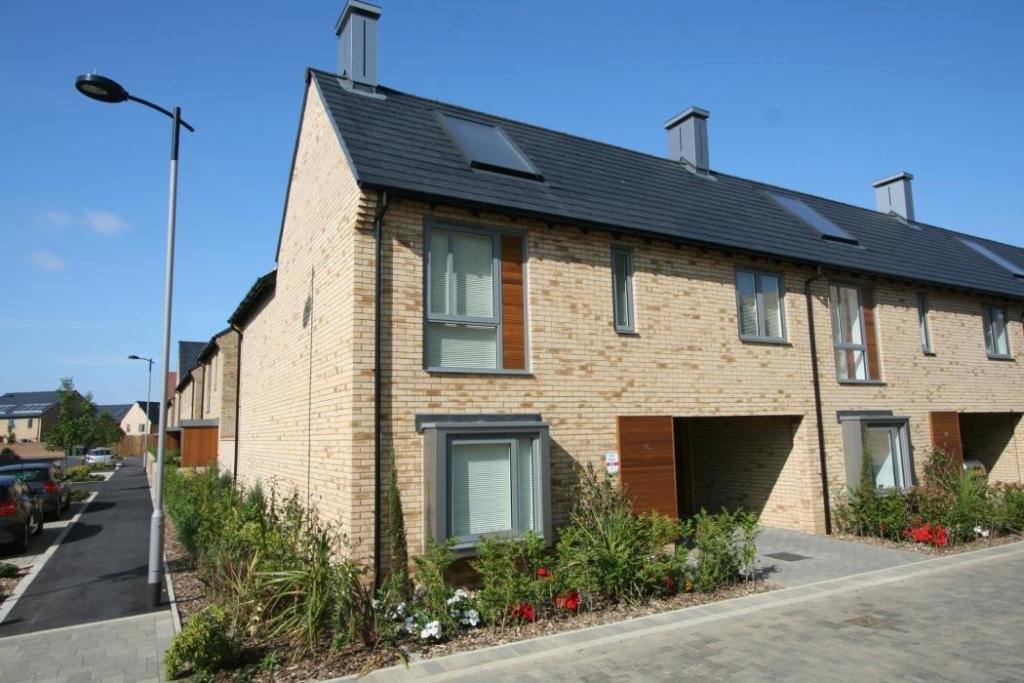 Best 3 Bedroom Detached House To Rent In Spring Drive With Pictures