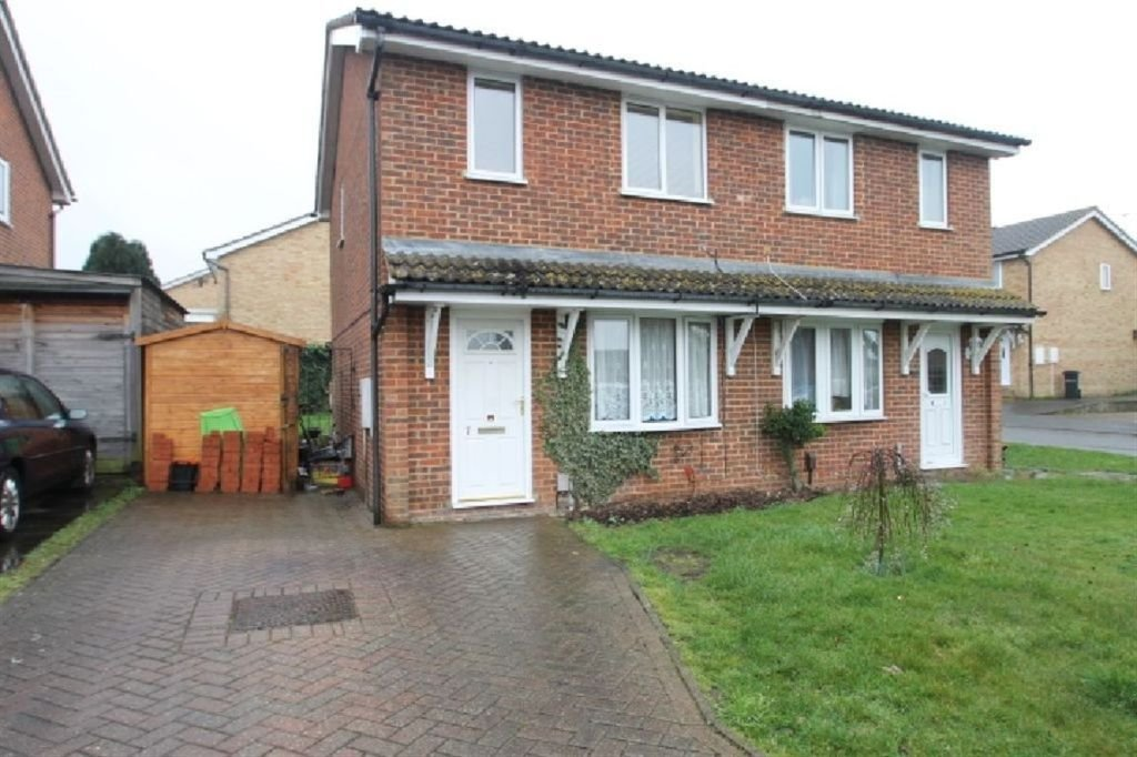 Best 2 Bedroom House For Sale In Finglesham Court Maidstone Kent Me15 With Pictures