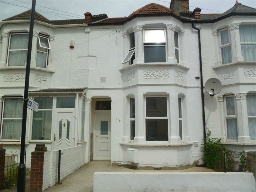Best 3 Bedroom Terraced House To Rent In Grove Road Hounslow With Pictures