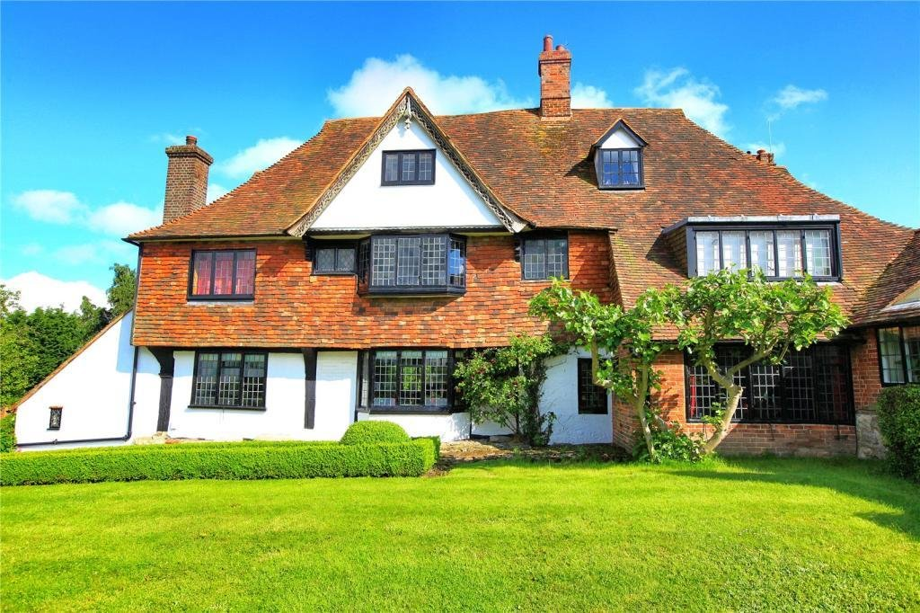 Best 6 Bedroom Detached House For Sale In The Street Great With Pictures
