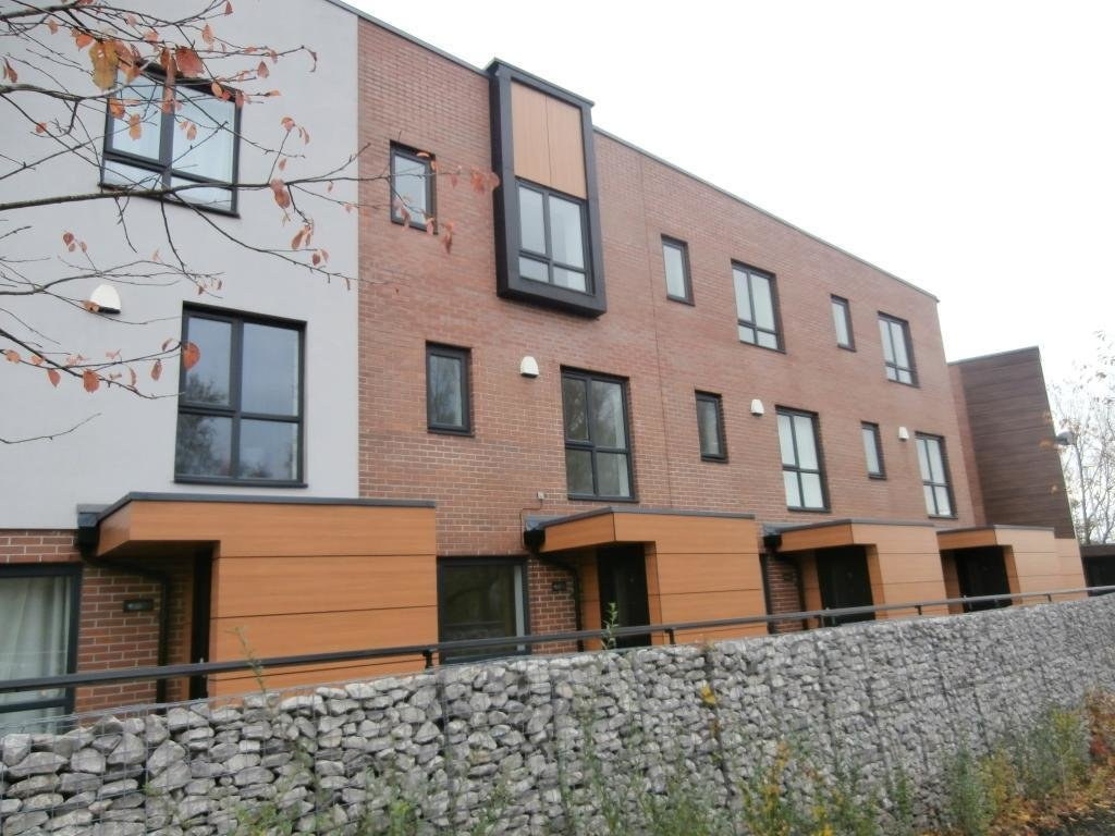 Best 3 Bedroom House For Sale In Bluebell Walk Egerton Street With Pictures