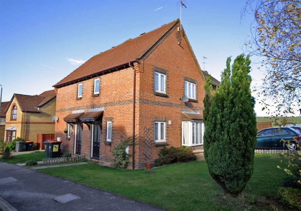 Best 2 Bedroom Cluster House For Sale In The Belfry Luton With Pictures