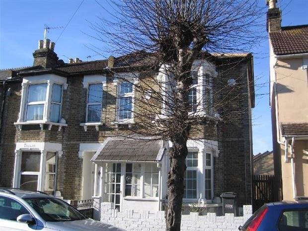Best 3 Bedroom House To Rent In Sydenham Road Croydon Surrey Cr0 With Pictures