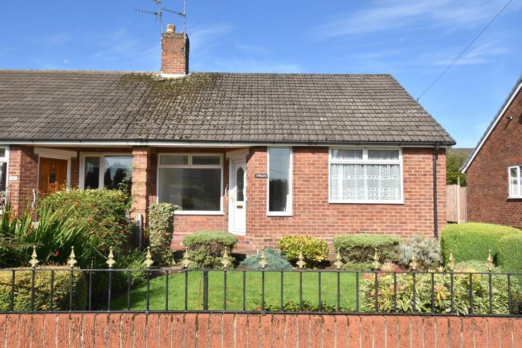 Best 1 Bedroom Semi Detached Bungalow To Rent In Valley Road With Pictures