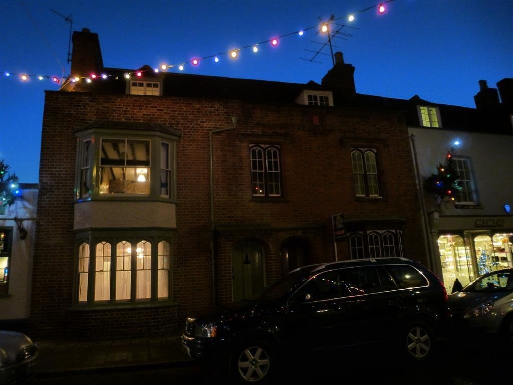 Best 2 Bedroom House To Rent In High Street Stony Stratford With Pictures