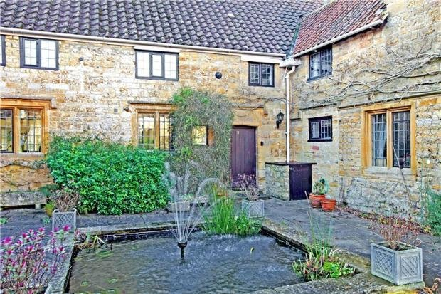 Best 2 Bedroom House For Sale In Hayes End Manor South Petherton Somerset Ta13 With Pictures