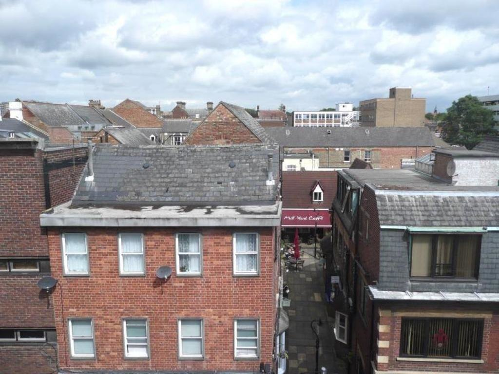 Best 2 Bedroom Flat To Rent In Mill Street Bedford Mk40 Mk40 With Pictures
