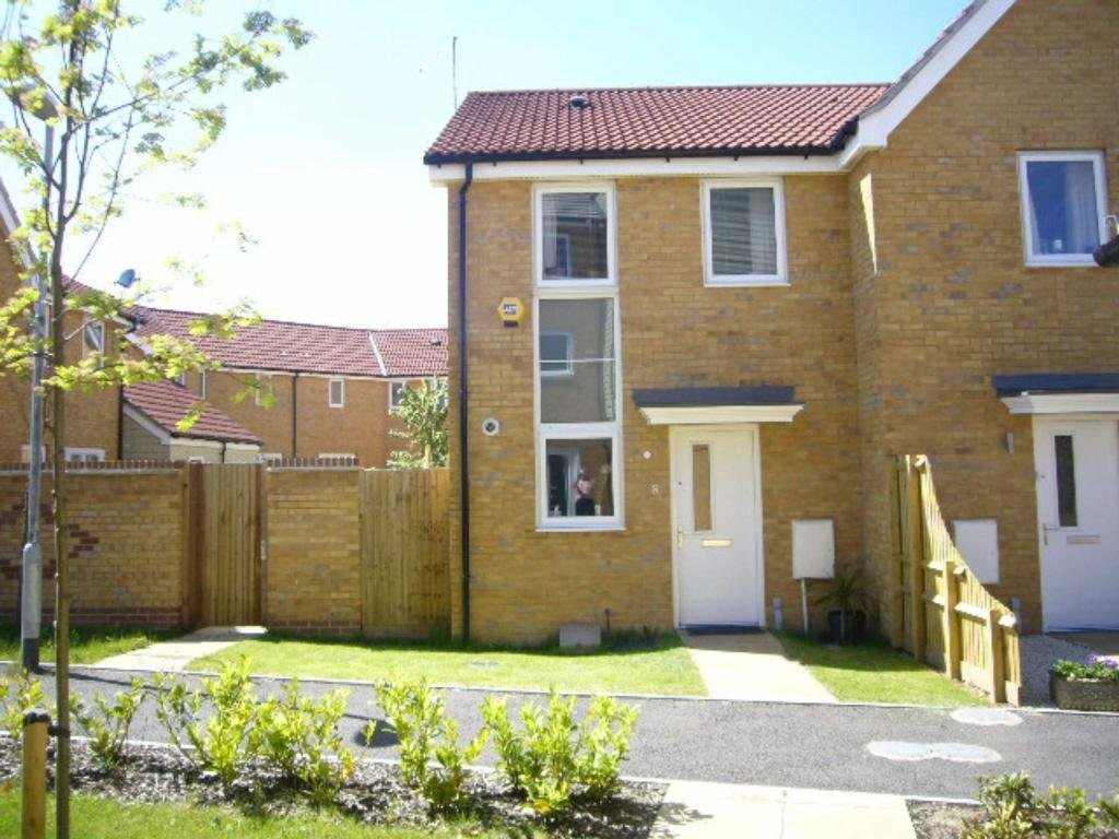 Best 2 Bedroom Detached House To Rent In Spinel Close With Pictures