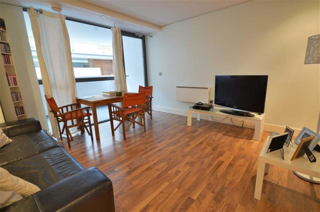 Best 1 Bedroom Apartment To Rent In Vicus Building Manchester With Pictures